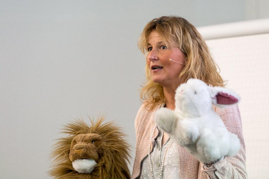 Susanne Gehrer: Stottertherapie mit Löwe und Hase – langsam mit Pause oder schnell sprechen